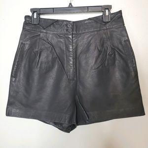 Charlotte Ronson M black genuine leather shorts